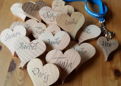 Tischkärtchen aus Holz